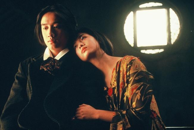 黃磊當年演出「夜半歌聲」。(圖:華映提供)