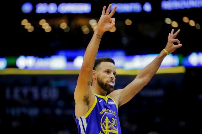NBA閉門復賽恐怕讓球員垃圾話被球迷聽見,但球星柯瑞持正面態度。(路透)