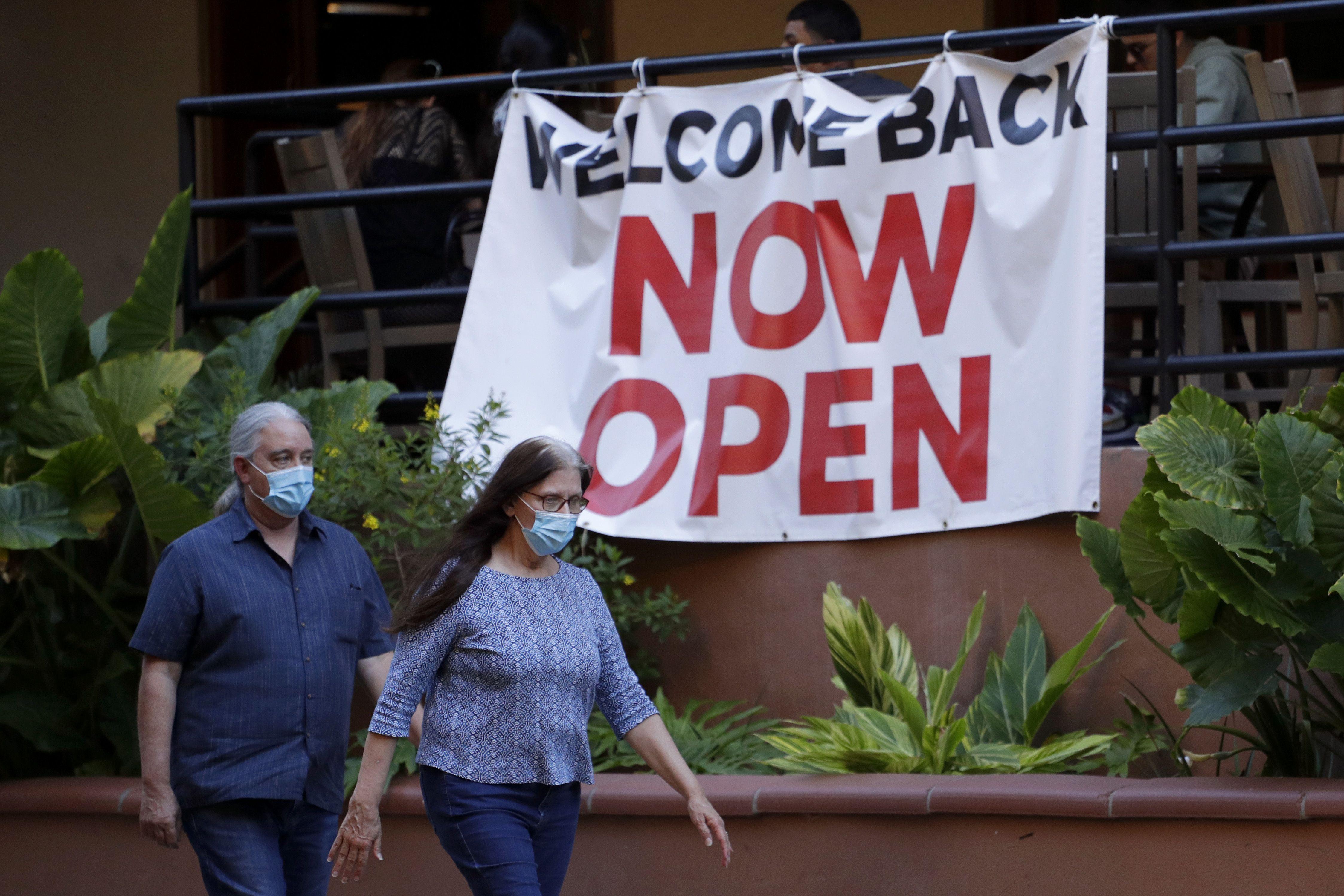 新冠肺炎下,各地經濟重啟也面臨重重艱難。(美聯社)