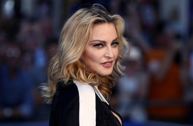 宣稱有抗體果然有內情?瑪丹娜承認巴黎巡演染新冠