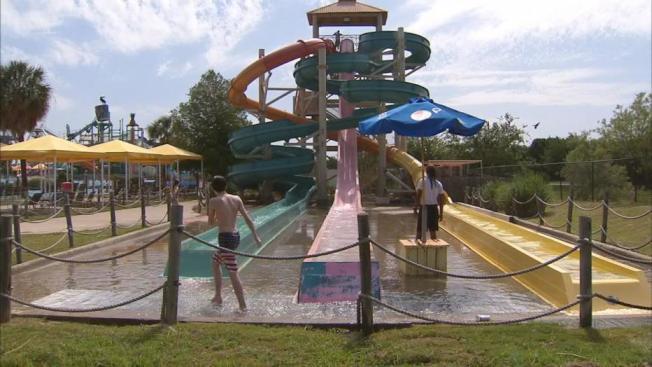 北德州多數水上樂園都已重新開放。(FOX4電視台)
