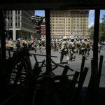打劫縱火、襲警 費城示威變調 連4日宵禁