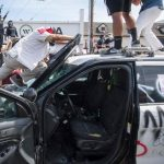 洛市抗議者無視宵禁 FBI將調查暴力事件