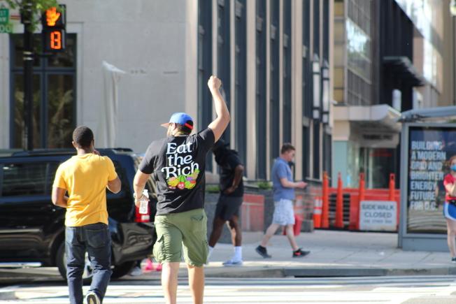華盛頓特區反對種族歧視和警方暴力執法的抗議活動已持續四天。(記者張筠 / 攝影)