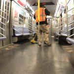 紐約8日復工 地鐵公車全面恢復正常 晚間仍關閉消毒