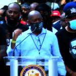 休士頓六萬人示威 呼籲和平遊行