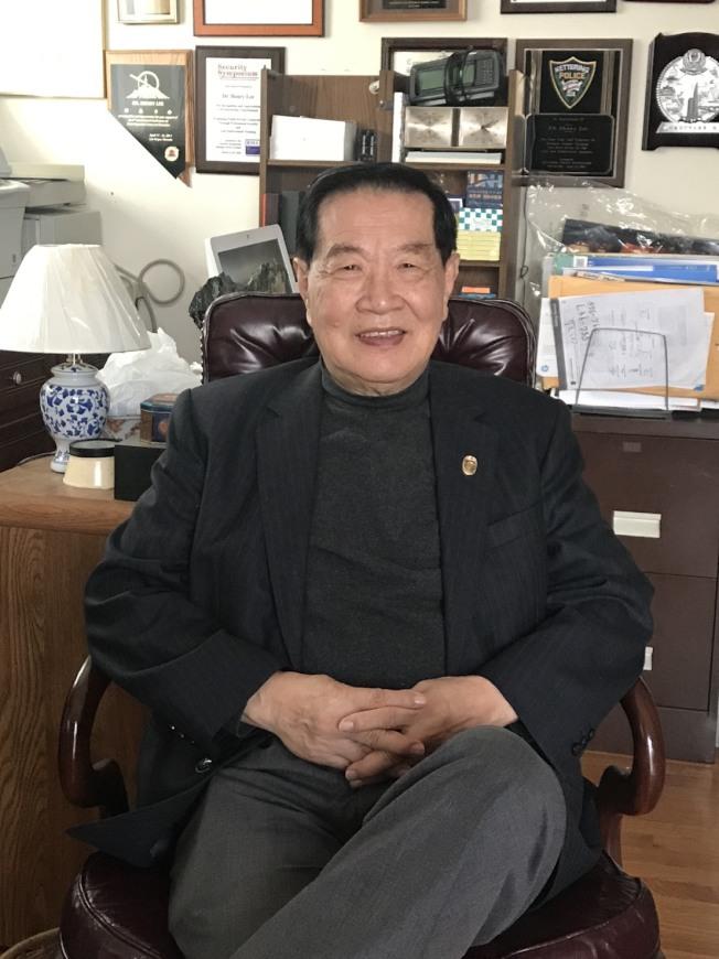 李昌鈺說,華人的命也是命,警方執方不應隨意動用武力。(李昌鈺辦公室提供)