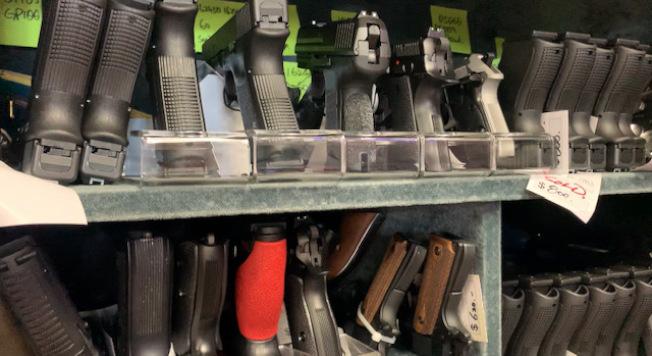 槍聲的秘密,不同的槍支有不同的聲音特點。(記者張宏/攝影)