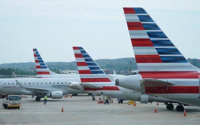 美國傳將允許部分中國航班繼續飛美。路透