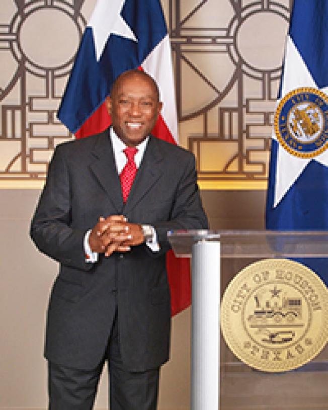 休士頓市長特納。(休士頓市政府網站)