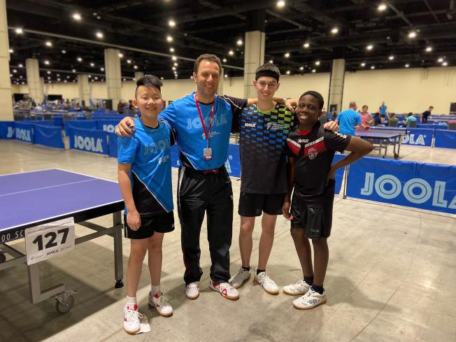 新冠肺炎疫情期間,馬里蘭乒乓球中心《人才培訓項目》開啟了「雲訓練」的新模式。(圖:王晴亮提供)