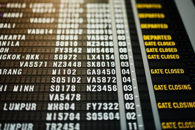 疫情下國際航線不斷縮減,許多中國留學生買不到回家飛機票。(Unsplashed)