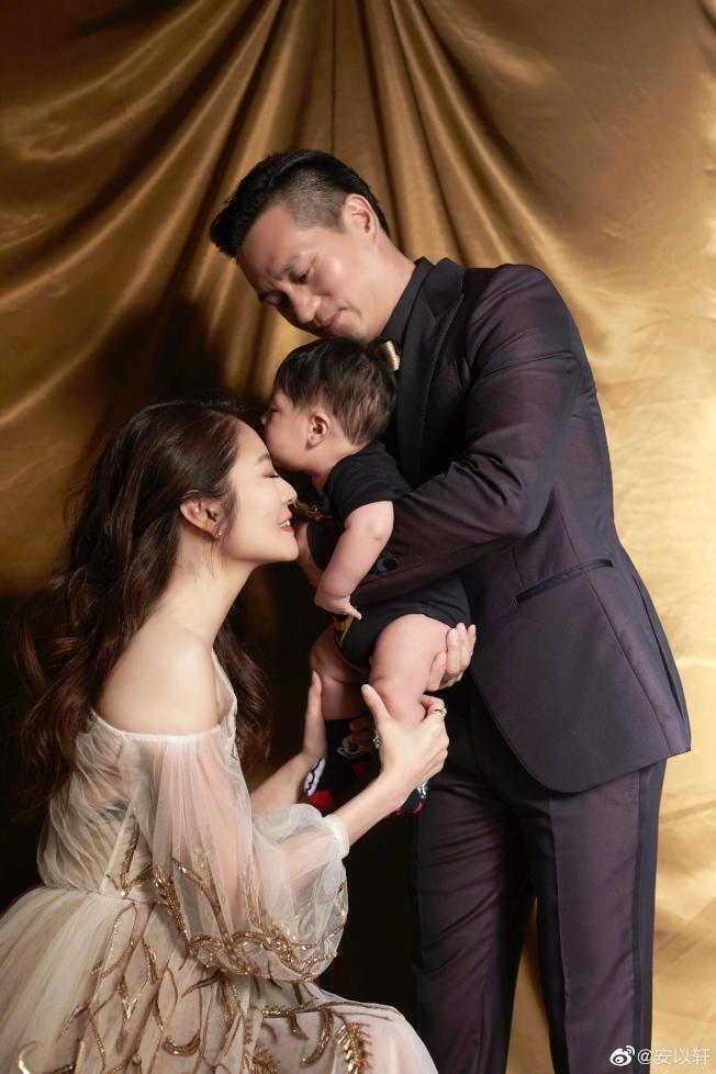 6月5日是安以軒與陳榮煉結婚3周年的日子。(取材自微博)