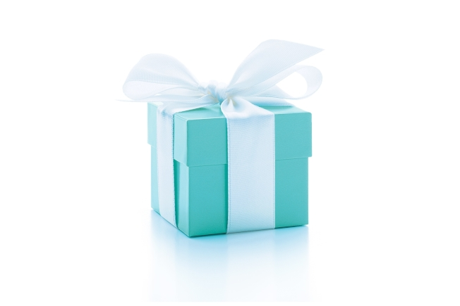 LVMH原訂將併購以藍色珠寶盒聞名的美國品牌Tiffany,驚傳有變。圖/TIFFANY & CO.提供