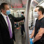 葛謨乘坐7號地鐵 「有史以來最乾淨」