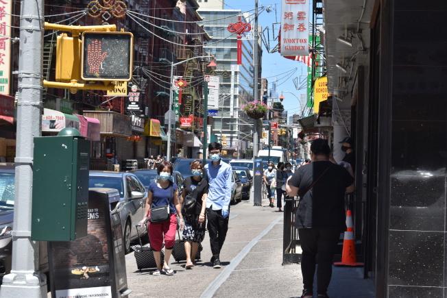 市議會近日提出提案,允許在受到疫情影響下的業主延繳地稅。(記者顏嘉瑩/攝影)