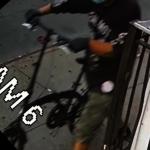 布碌崙西裔男騎電單車持槍掃射群眾 遭警通緝