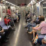 紐約復工首周 公共交通客流增2成