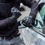 華男在光源充足、自家可見地停車 仍遭入車盜竊