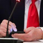 川普不斷拿石頭砸自己的腳… 幕僚憂:他真的想連任嗎?
