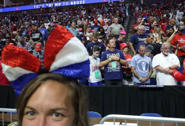 川普總統20日赴共和黨票倉奧克拉荷馬州的土耳沙(Tulsa)舉行造勢大會,現場氣氛熱烈。(Getty Images)