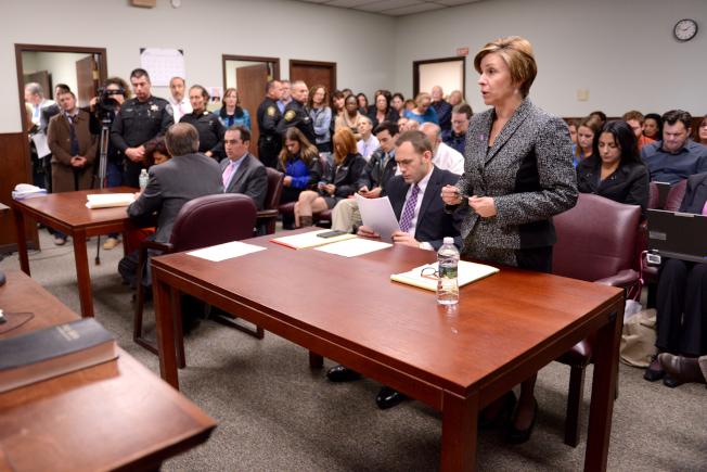 美國移民法庭案件積壓嚴重,政府不堪重負。(Getty Images)