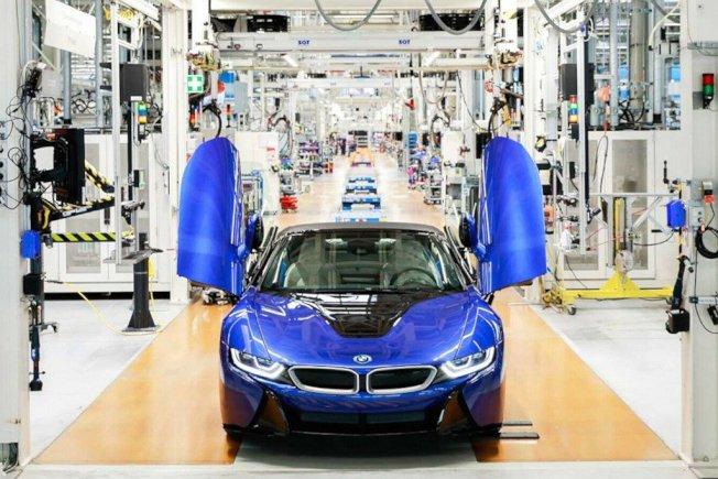 BMW旗下油電複合動力跑車i8,終於在萊比錫廠結束生產週期。BMW提供