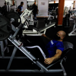 男子咳嗽揚言傳病毒 遭健身房停權