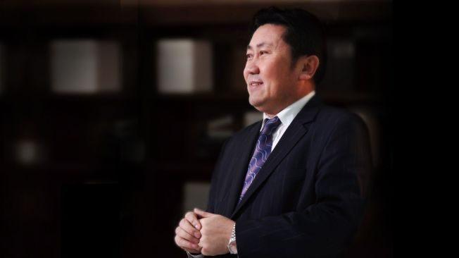 """曾是最佳CEO 吴厚刚被誉""""算帐好手""""却不如天算"""