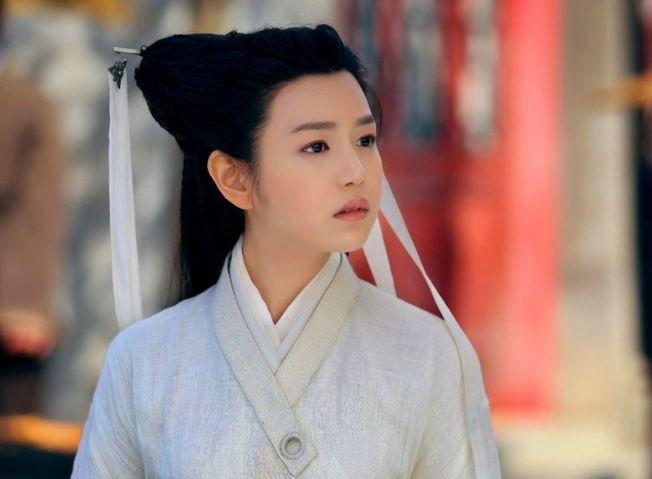 陳妍希演出小龍女一角造型飽受批評。(取材自微博)