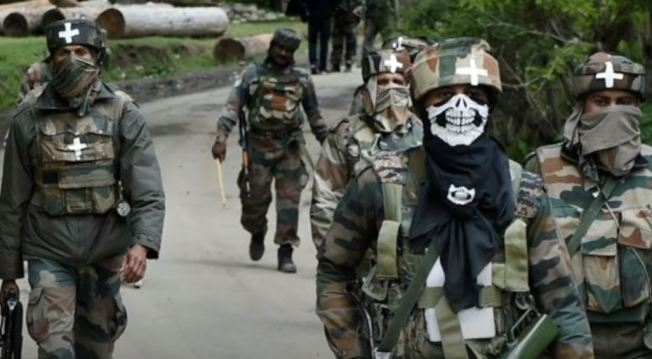 印度陸軍決定在中印實際控制線沿線部署特種部隊中的菁英「殺手」突擊隊。(視頻截圖)