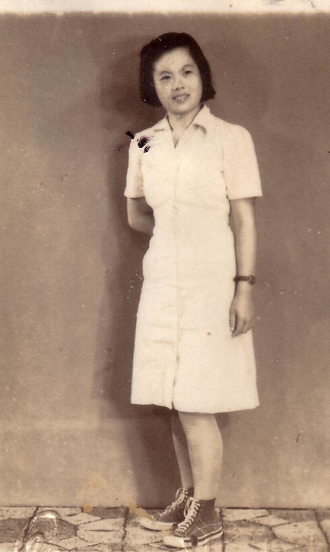 70年前於梨華送趙淑俠的照片。圖/趙淑俠提供