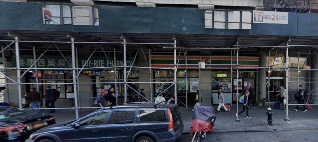 華埠便利店本月連遭殃,砸搶後又遭二非洲裔持刀搶劫。(取自谷歌地圖)