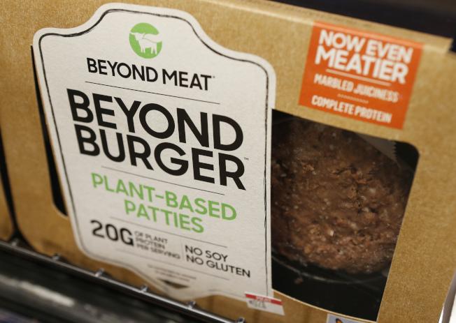 Beyond Meat的素漢堡肉4日起將在上海50家盒馬鮮生銷售。美聯社