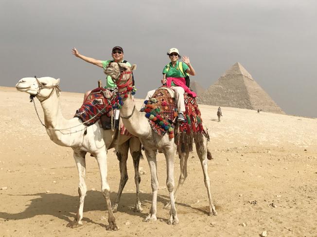Sheena與Eddie足跡遍及天涯海角。圖為2016年兩人的埃及行。