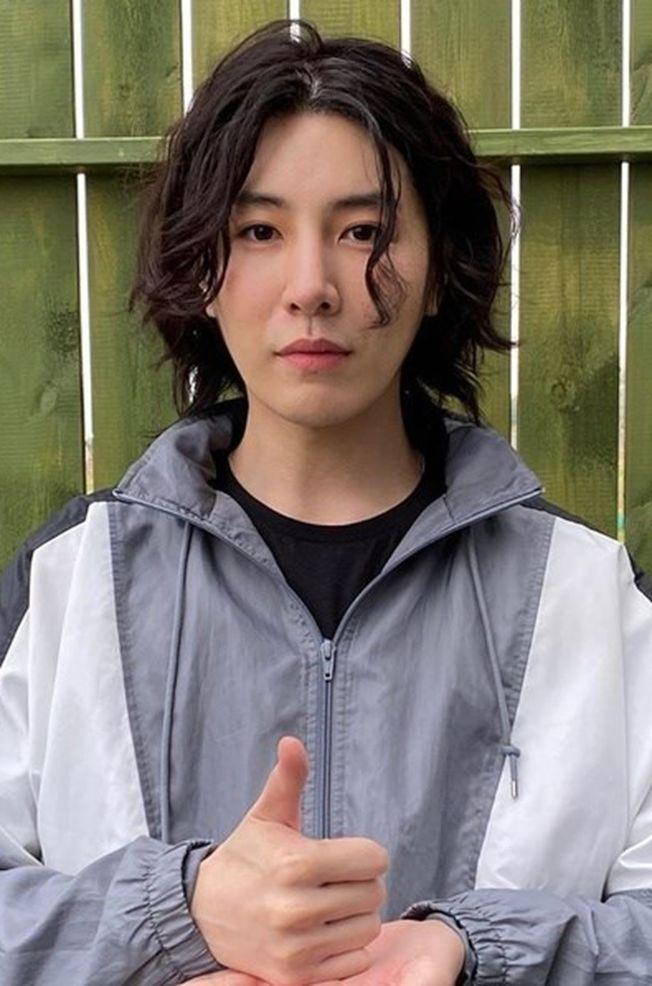 南韓男星魯敏宇被爆出和日本國民女神綾瀨遙熱戀,雙方秘密交往兩年。(取材自Instagram)