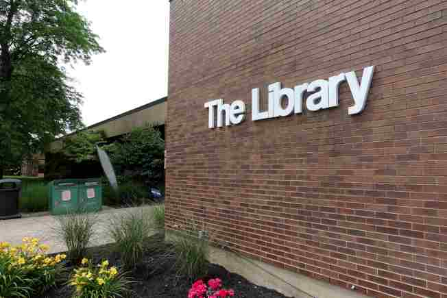 新州允許圖書館重開。(記者謝哲澍╱攝影)
