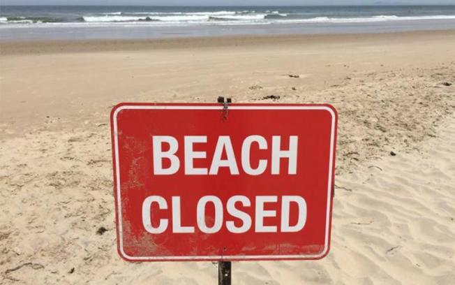 7月4日國慶假長周末,洛縣政府已下令關閉海灘。(網路圖片)