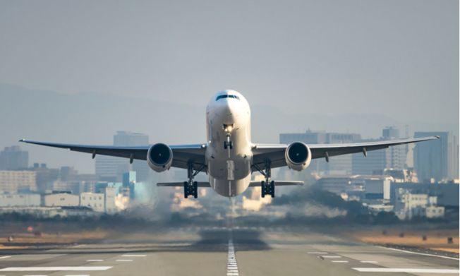 美國推遲駐中國外交人員返華專機。(取材自 shutterstock)