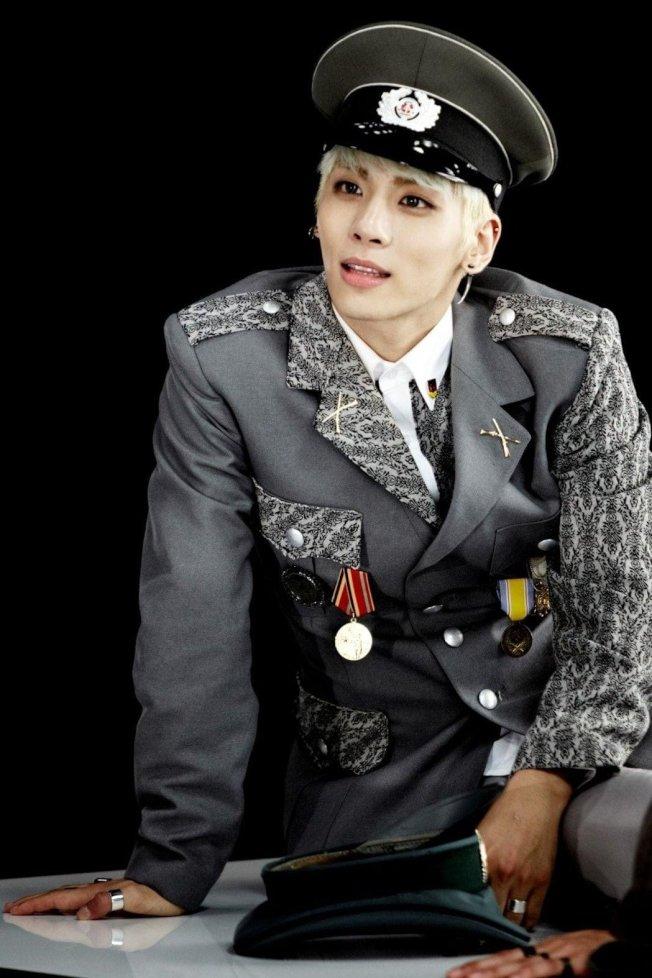 鐘鉉逝世已兩年半。(取材自臉書)