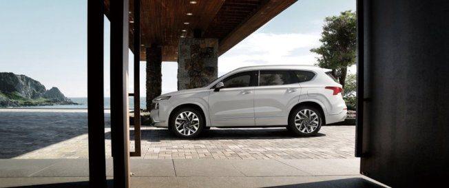 外观、底盘、变速箱更新 小改款Hyundai Santa Fe开卖