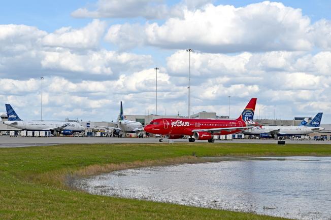 奧蘭多國際機場一景。(取自臉書官網)