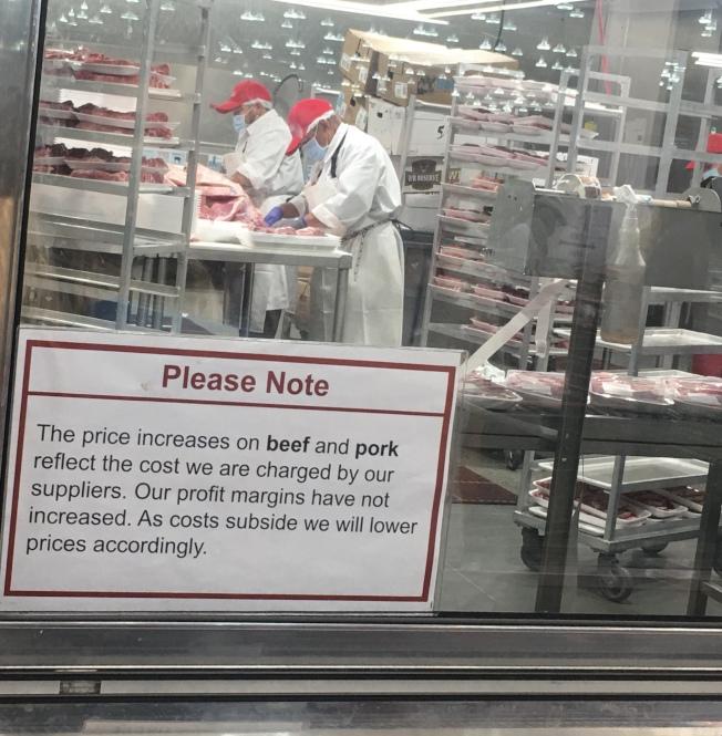好市多的牛肉和豬肉價格上漲。(記者王全秀子/攝影)