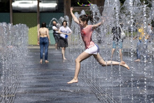 极端热浪国庆周末袭击全美 高温高湿可能延续数周