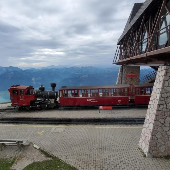 登山火車。