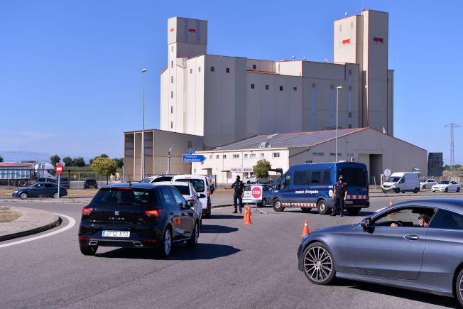 西班牙加泰隆尼亞地區大城列伊達4日再封城,任何人不得進出。(Getty Images)