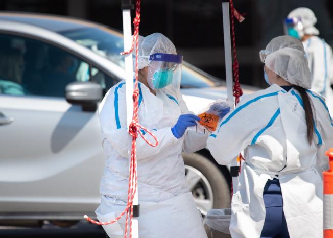 洛杉磯縣擴大了病毒檢測地點和增加了工作人員。(洛杉磯縣公共衛生局提供)