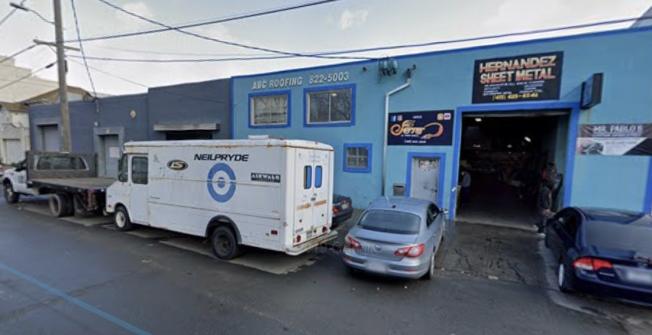 佩納和馬丁內茲父女承租位於灣景區1610 Armstrong Ave.的物業經營地下夜總會。(圖片取自Google Map)