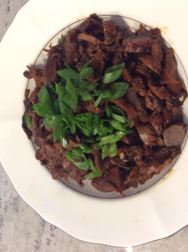 料理功夫|蒜泥白肉及卤鸡肾