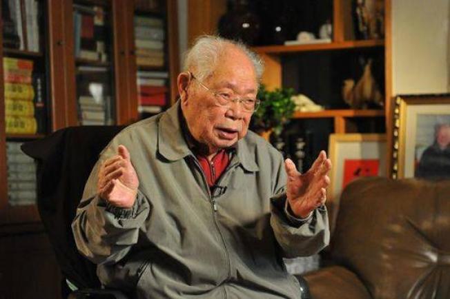 高齡106歲的馬識途5日宣布封筆。(取材自封面新聞)